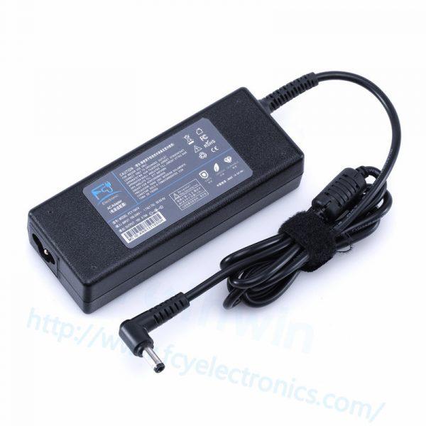 TO409-75W-19V-3.95A-5.5-2.5mm-For-TOSHIBA-fcy01.jpg