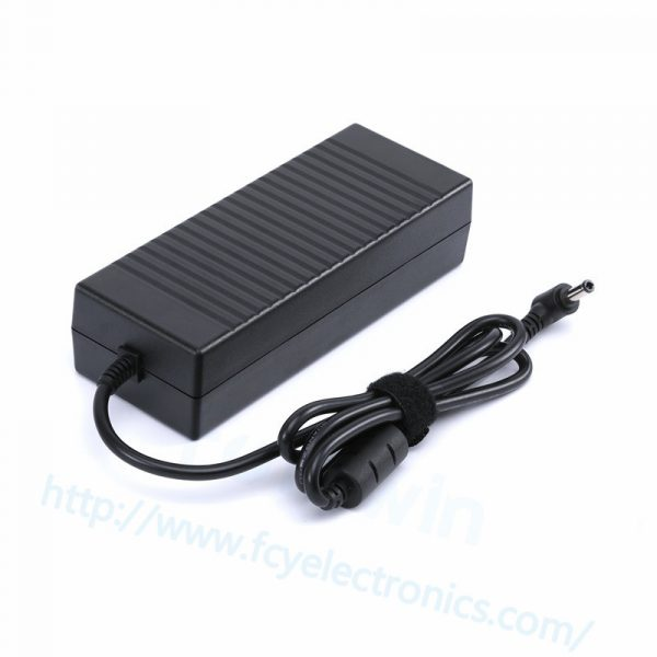TO411-120W-19V-6.32A-5.5-2.5mm-For-TOSHIBA-fcy03.jpg