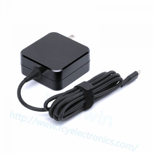 TP002-27W-9V-3A-usb-C-adapter-us-fcy03.jpg